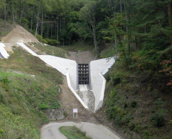 坂上砂防堰堤